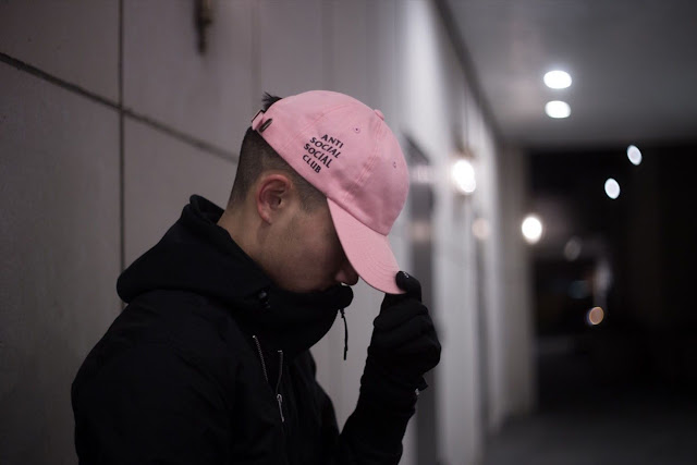 Model Topi Anti Social Social Club pria kekinian