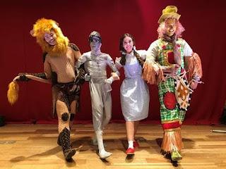 Pátio Alcântara anima a criançada com o clássico 'Dorothy e o Boneco de Lata'