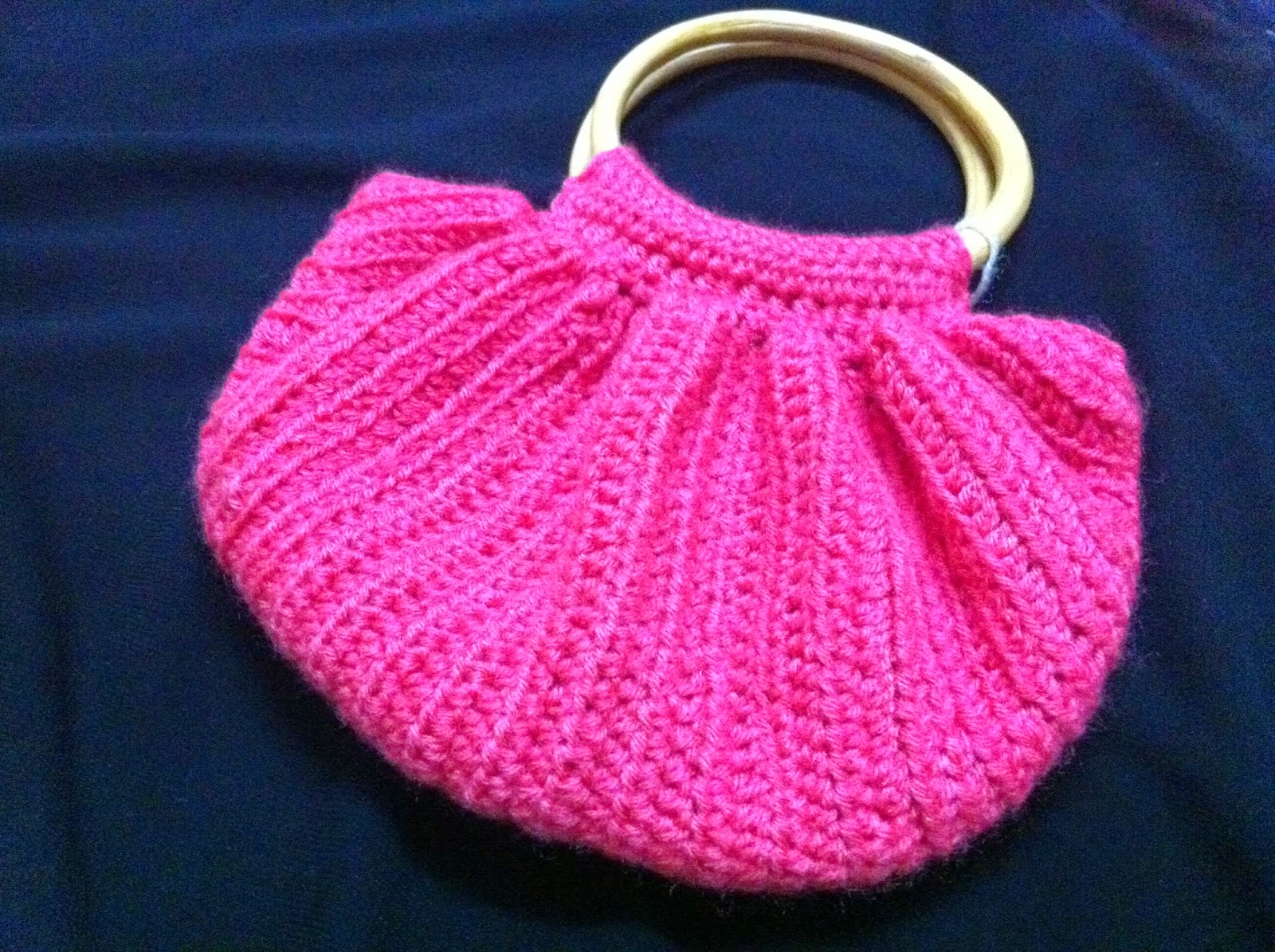 Big Bottom Crochet Bag , Made in craftadise