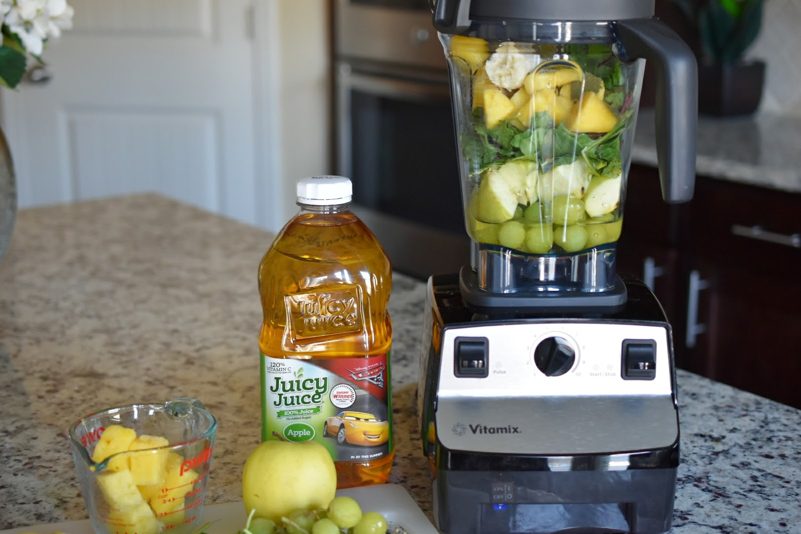 Healthy Summer Drink: Green Smoothie Recipe  via  www.productreviewmom.com