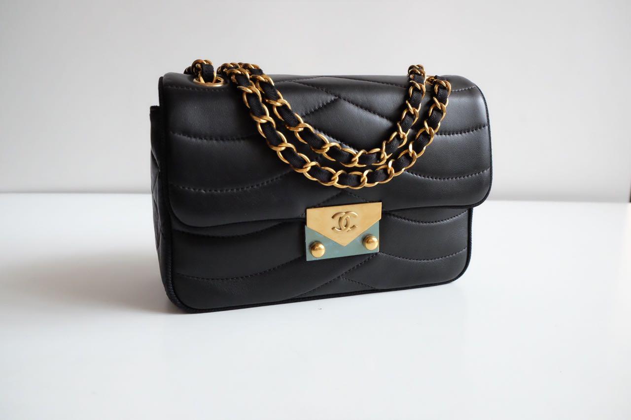6f80264ae1ac33 Chanel Classic Flap Cruise 2016 Lambskin GHW Mirror Original Leather Bag