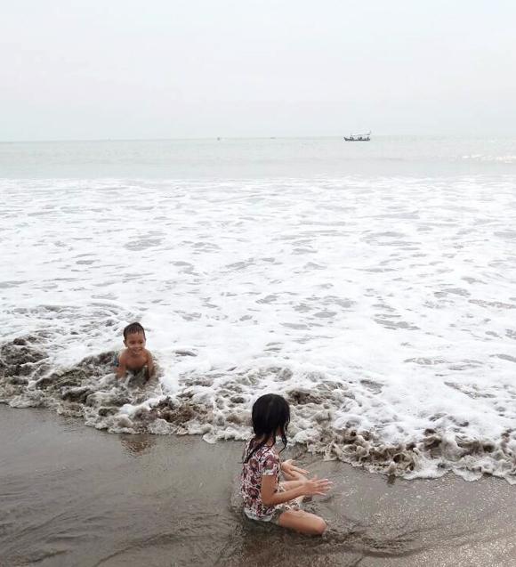 pantai-anyer-untuk-berenang