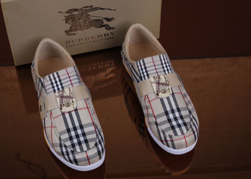 World Fashion Center Burberry Men S Shoes Be A Sporty N