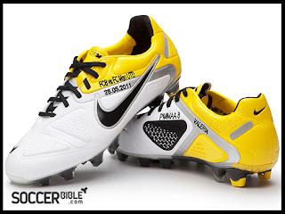 Sepatu Sepak Bola Nike CTR Maestri II Yang Juga Di Bordir