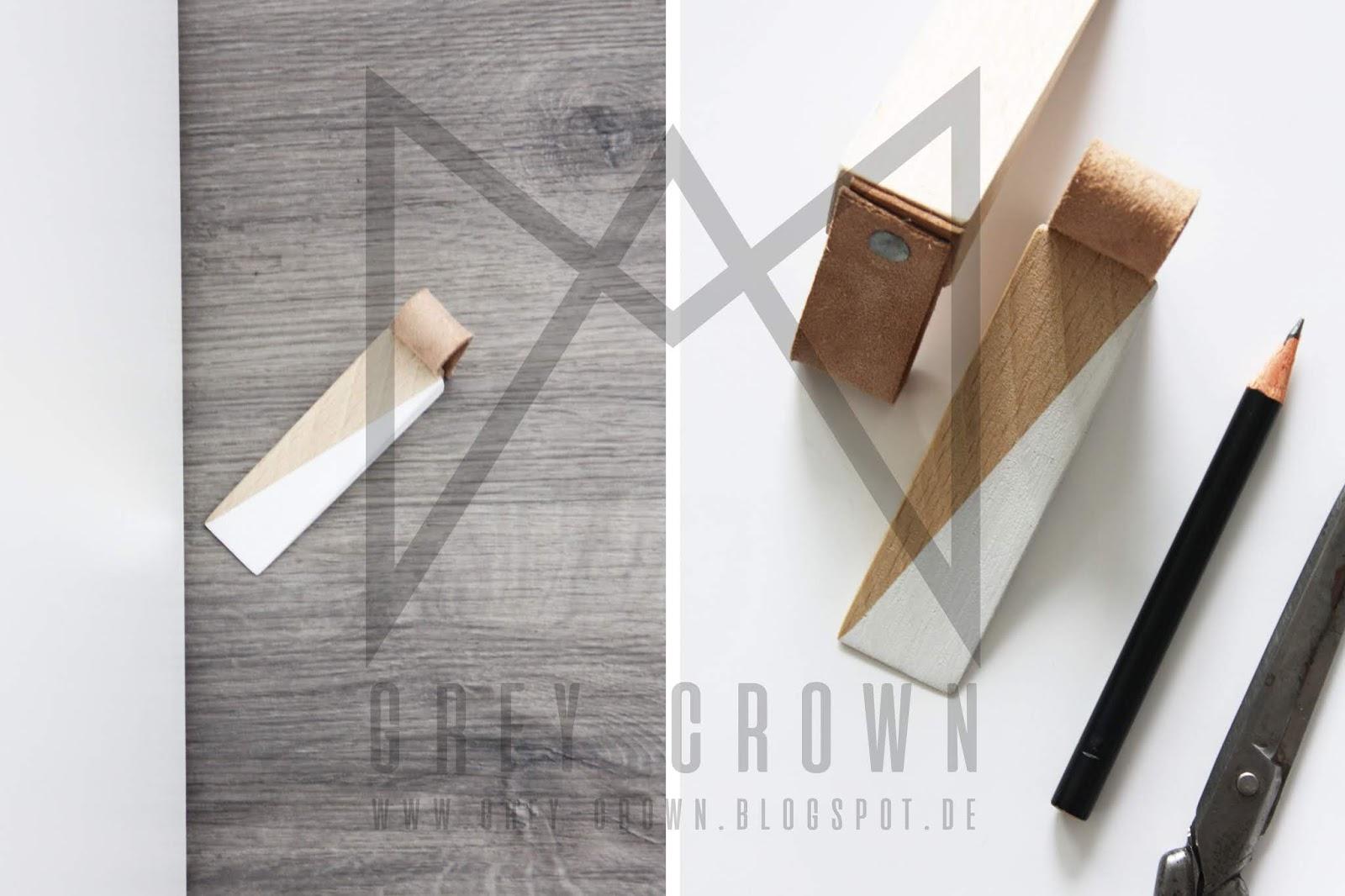 diy holz t rstopper mit lederschlaufe kreativ. Black Bedroom Furniture Sets. Home Design Ideas