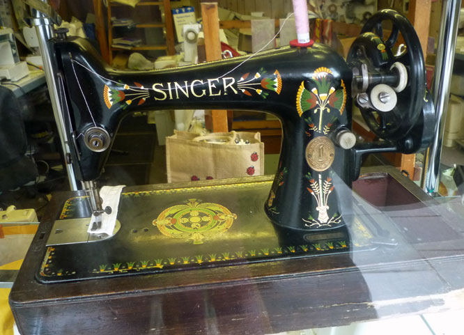 margaret-cooter: Sew like an Egyptian
