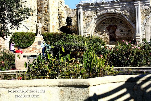 Beautiful Mission San Juan Capistrano | Fountain at the San Juan Capistrano Mission