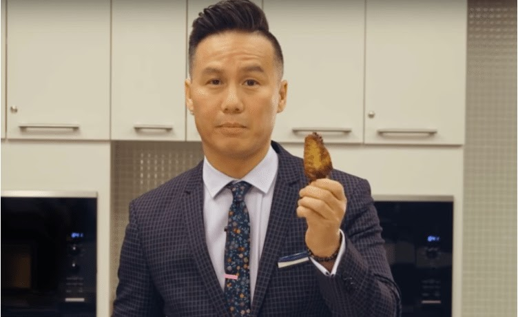 how to eat chicken wings