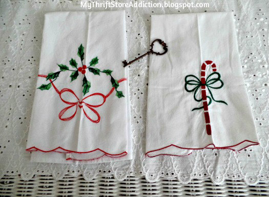 Vintage Christmas tea towels