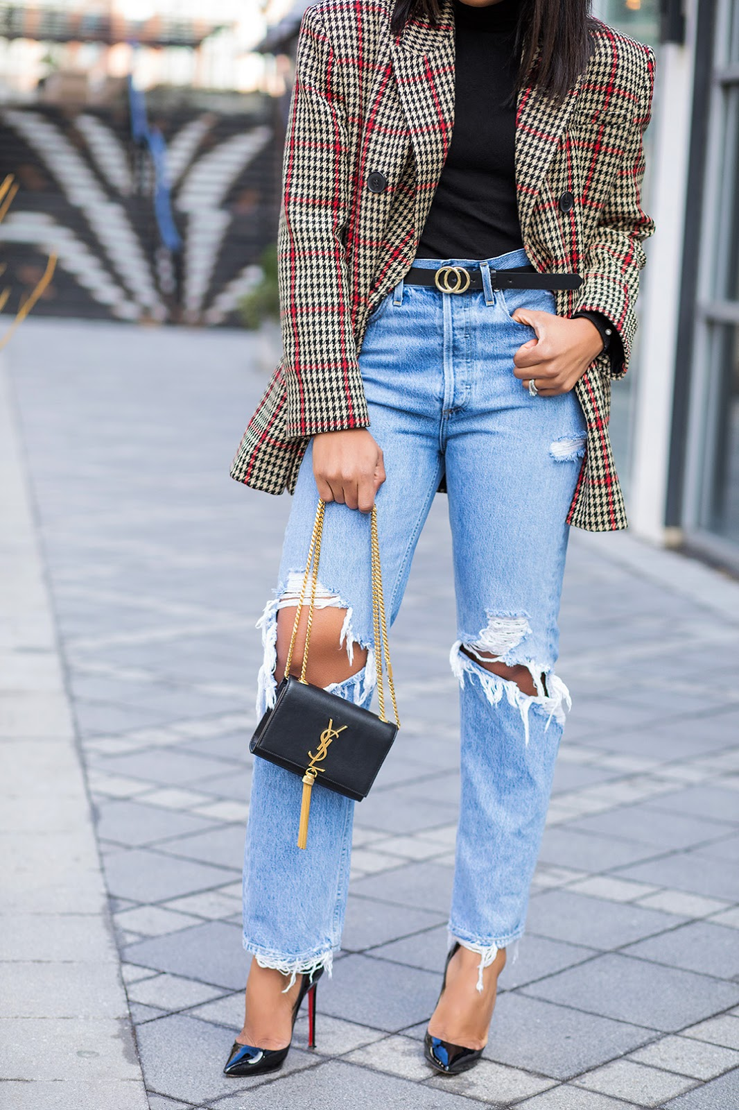Statement blazer, casual holiday, boyfriend jeans