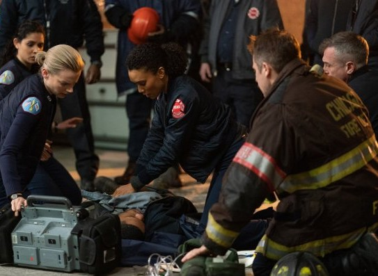 "NUP 186464 0008 595 Spoiler%2BTV%2BTransparent - Chicago Fire (S07E19) ""Until The Weather Breaks"" Episode Preview"