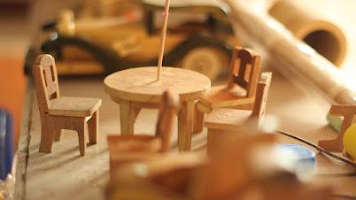 लाकडी खेळणी