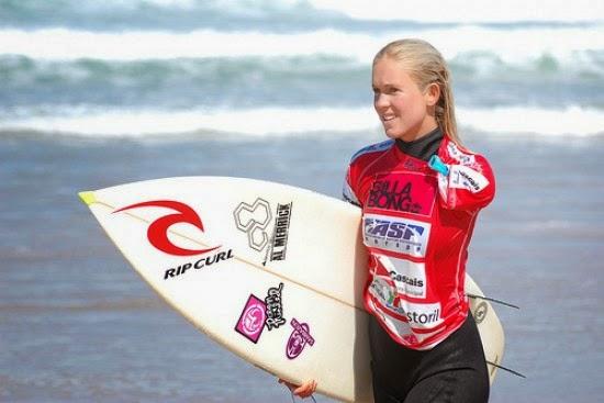 Resultado de imagen para Surfista Bethany Hamilton Que Perdió El Brazo Por Ataque De Un Tiburón Pone Su Esperanza En Dios