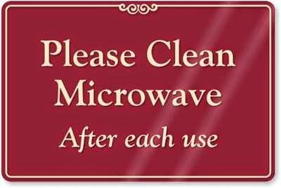 membersihkan microwave