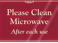 Membersihkan dan Merawat Microwave Agar Tahan Lama