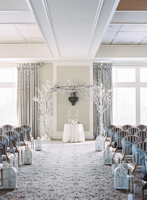 Wintery wonderland decor for Jenna and Chad's Willow Ridge Country Club Wedding | Karen Hill Photography
