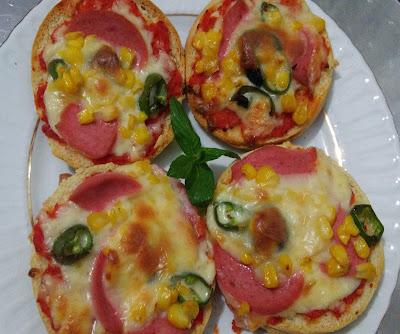 hamburger ekmeği ile pizza tarifi