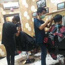 Proyek Pengerjaan Interior Barber Shop ( Slaid Barber Shop Cililitan )
