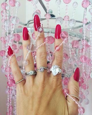 Leighton Denny Expert Nails in Pillow Talk