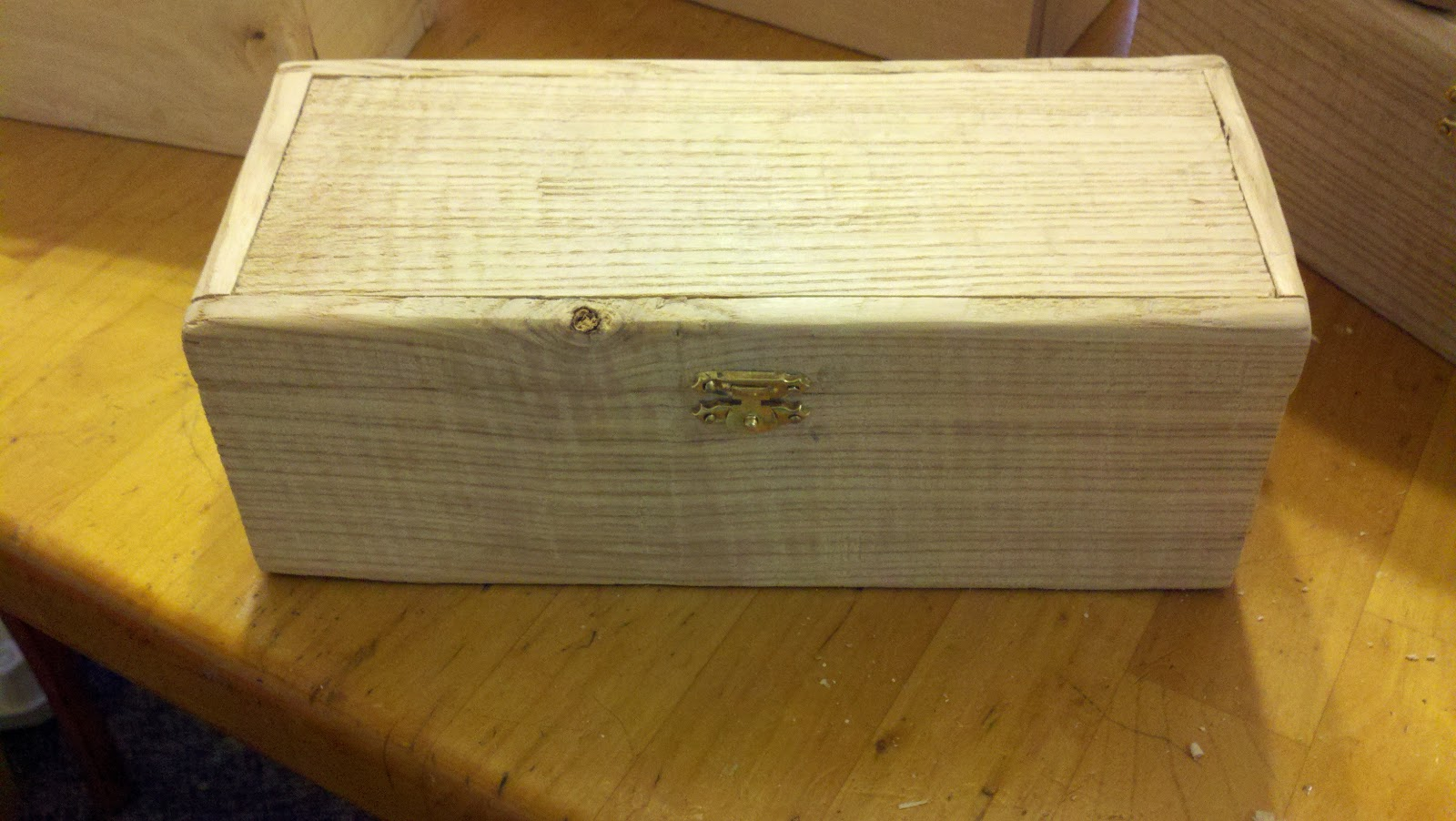 Pallet Craft: Christmas Gifts: Pallet Wood Boxes
