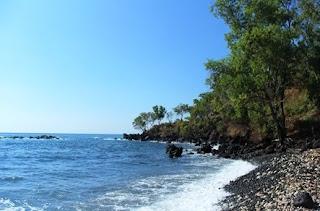 http://www.teluklove.com/2017/02/pesona-keindahan-wisata-pantai-tapak.html