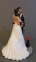 sposi personalizzati fatti a mano statuine originali sposi orme magiche