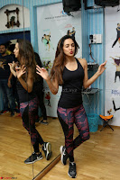 Kiara Advani Black Tank Top Tight leggings Tu Cheez Badi Hai Mast Mast~  Exclusive 37.JPG