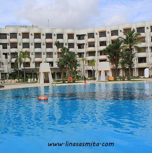 Serunya Staycation di HARRIS Resort Waterfront Batam
