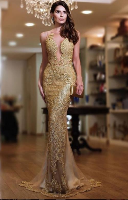 vestido de festa dourado bordado