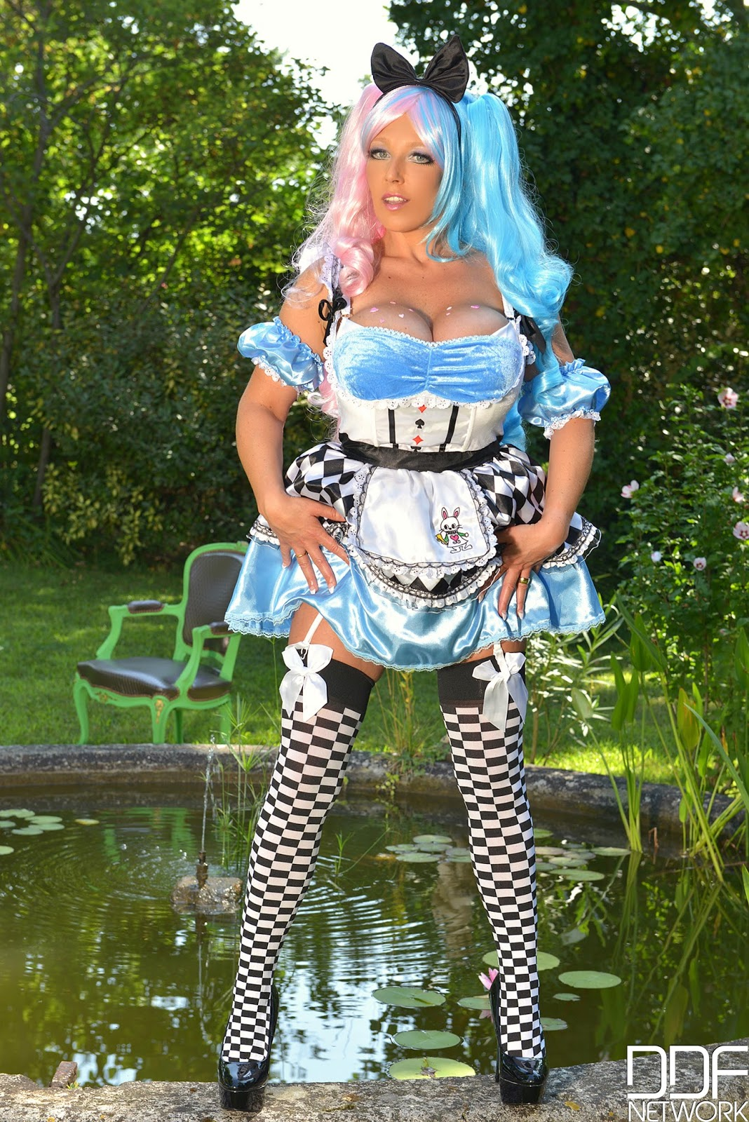 Shylea style corset porn