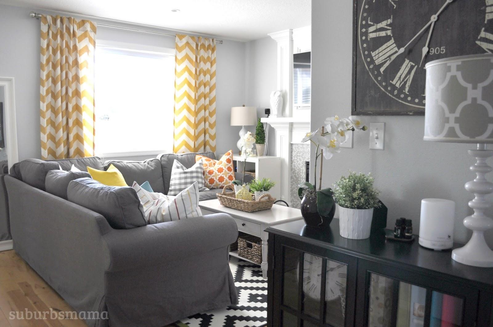 Suburbs Mama Family Room New Sectional