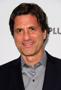 Steven Levitan. Director of Modern Family - Season 5