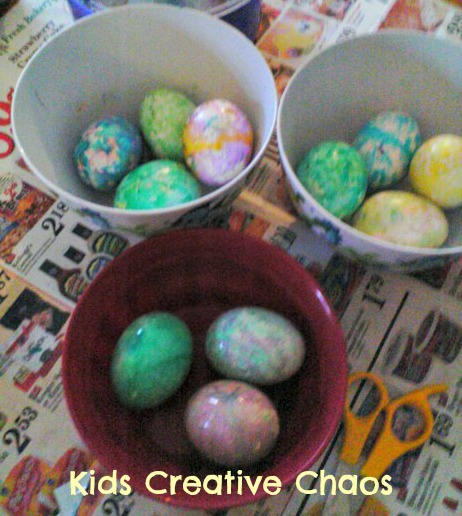Dudleys spin an egg art easy way to color and decorate eggs best marbled eggs with dudley egg spinner forumfinder Choice Image