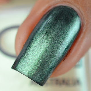 Glitter Gal Soft Green
