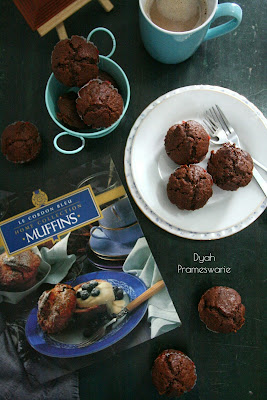 http://www.dyahprameswarie.com/2016/03/lima-belas-tips-membuat-muffin-cokelat.html