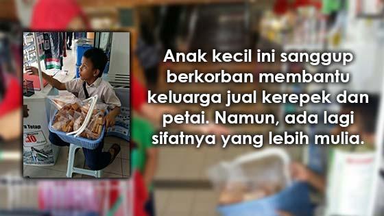Mulianya Anak Kecil ini yang Sanggup Berkorban Demi Membantu Keluarga