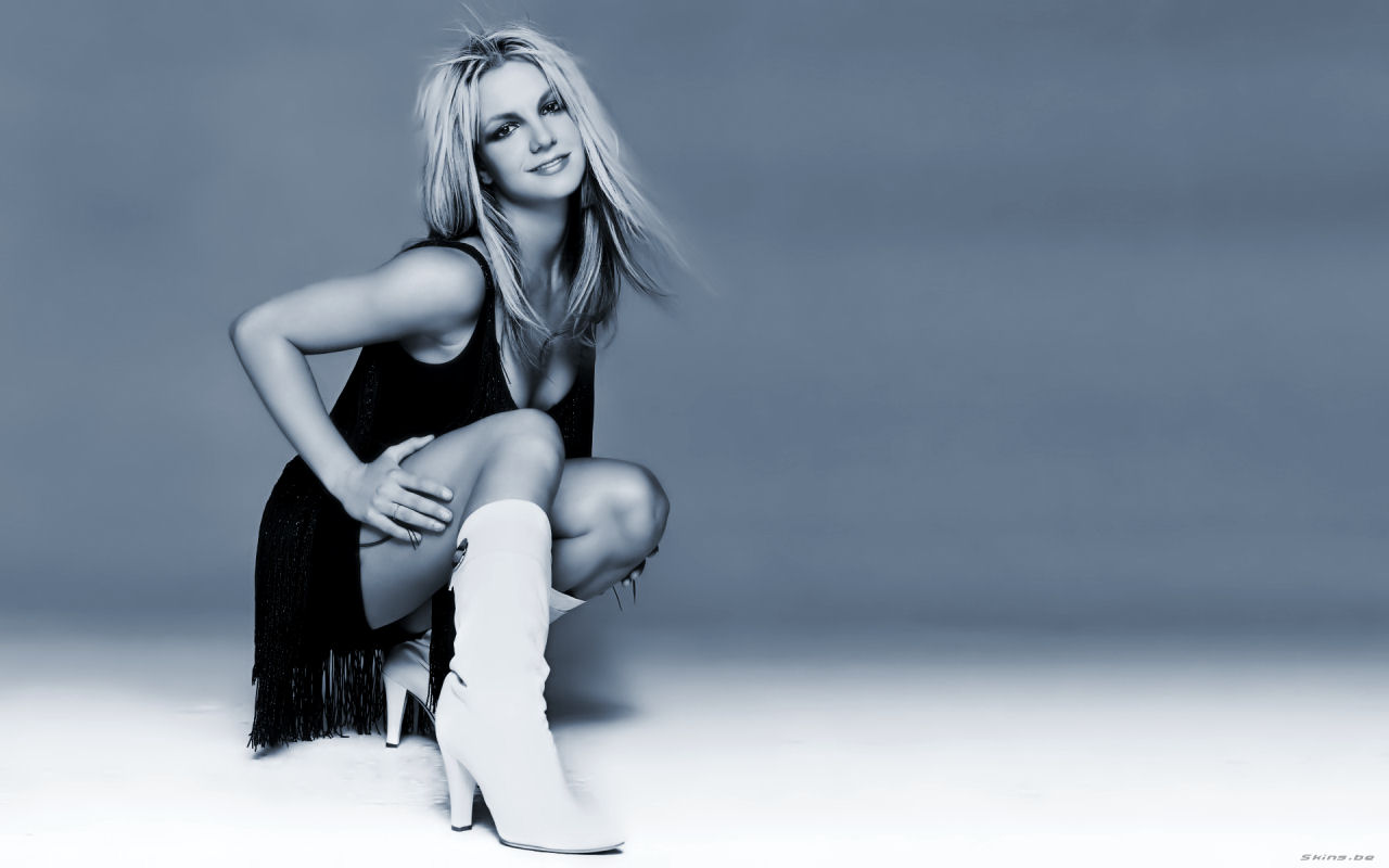 Photoshoot Britney Spears Bold Pics Sexy Hot images in Seducing Poses