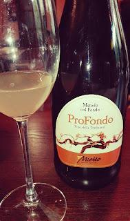 Chato Grato - cata de vino italiano proseco
