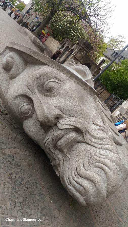 Sculptures at Bonn Münster