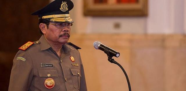 """Oknum Jaksa Banyak """"Bermain"""" Kasus, Kinerja HM Prasetyo Kembali Dipertanyakan"""