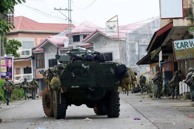 isid le mucadele 10 filipin askeri hayatını kaybetti