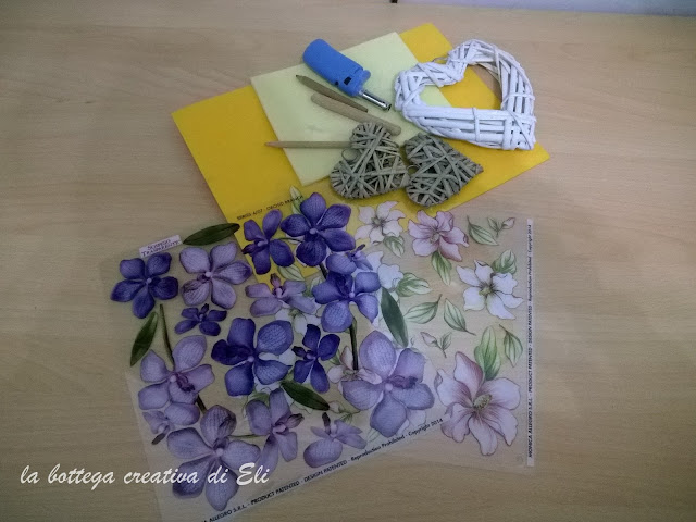 tutorial-cuori-in-legno-decorati-in-sospeso-trasparente