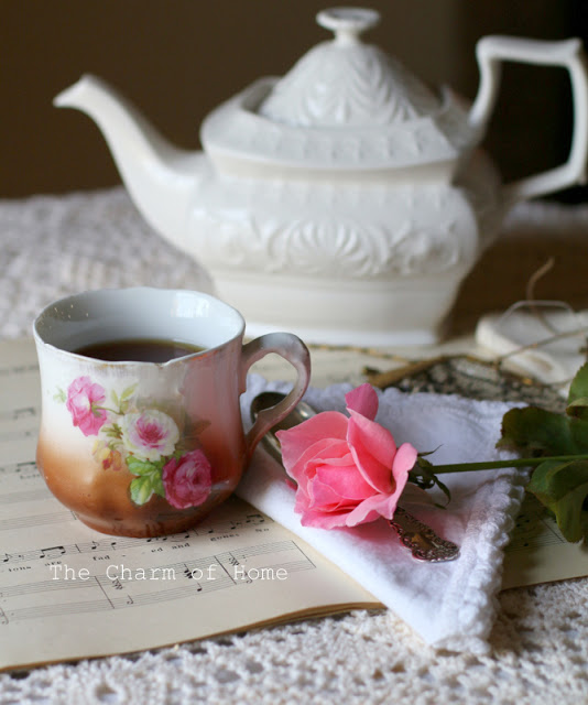 Last Rose of Summer Tea: The Charm of Home