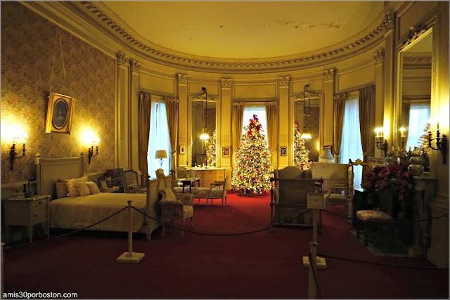 Dormitorio de la Señora Vanderbilt en la Mansión The Breakers, Newport