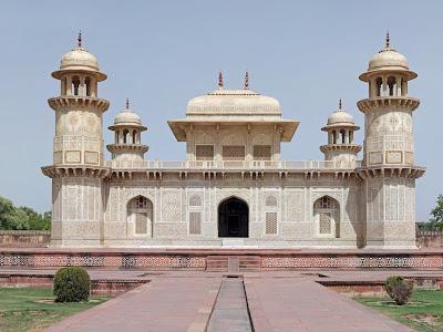 Baby Taj / Tomb of Itimad-Ud-Daulah