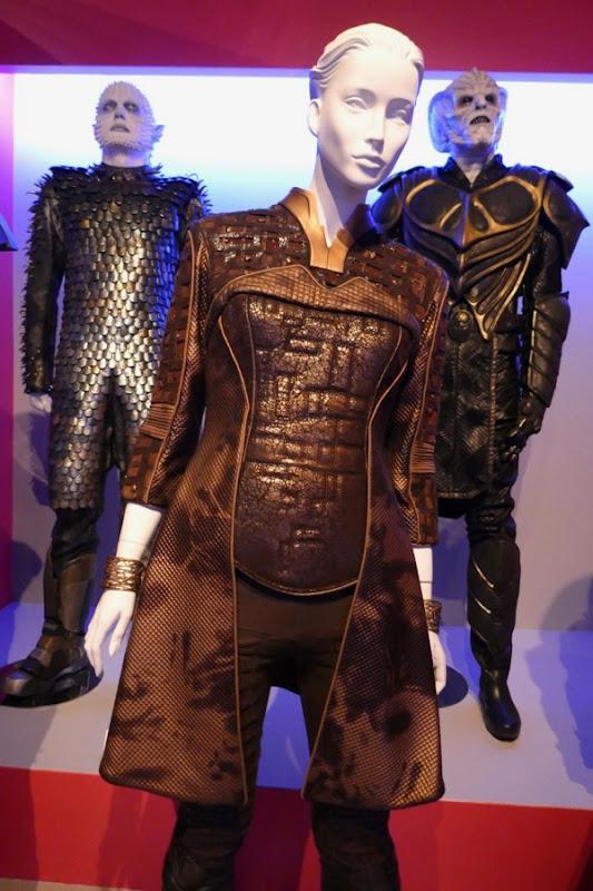 Charlize Theron Orville Pria Lavesque costume