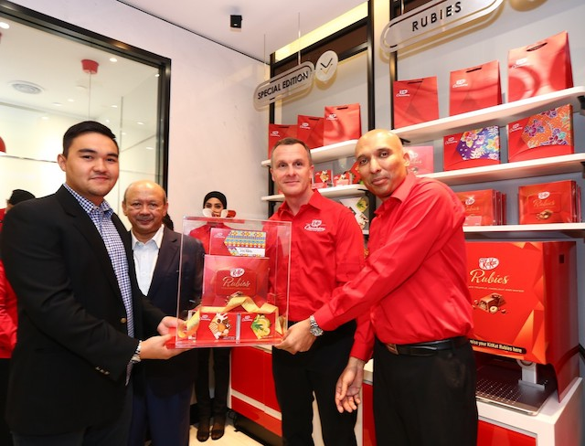 "KitKat ""Chocolatory"" - Southeast Asia's First KitKat Concept Store"