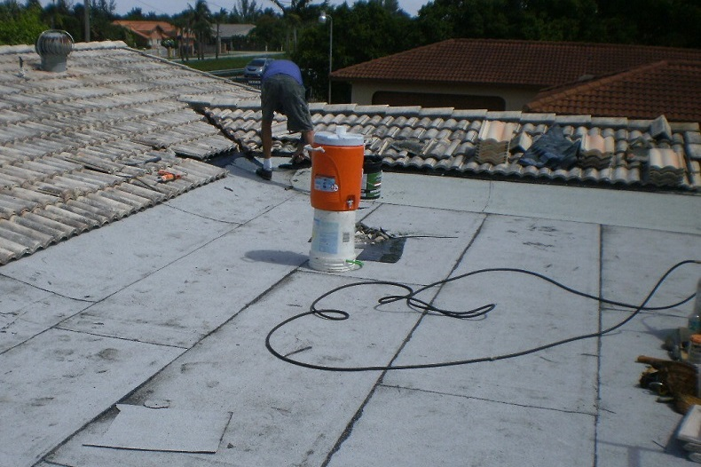 Installing Concrete Roof Tiles At The Tie In