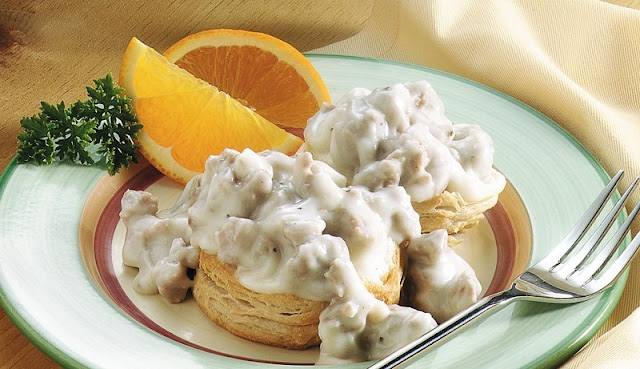 biscuit and gravy, cajun breakfast casserole, healthy breakfast for men,