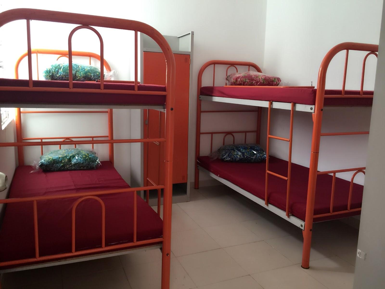perabot-terpakai-murah-katil-locker